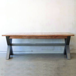 PRO Dining Table